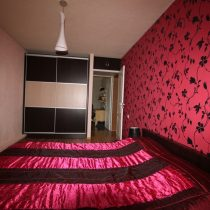 Parduodamas įrengtas 3 kambarių butas